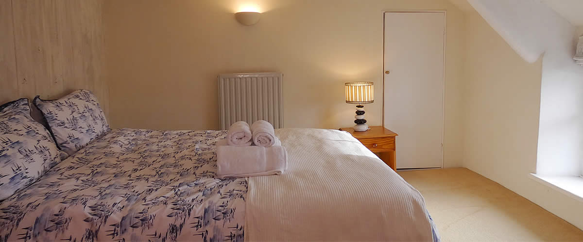Barton Cottage - quality self catering holiday cottage at Tolraggott Farm
